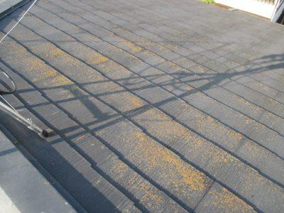 屋根塗料を選ぶ際のポイントと、種類・耐用年数について