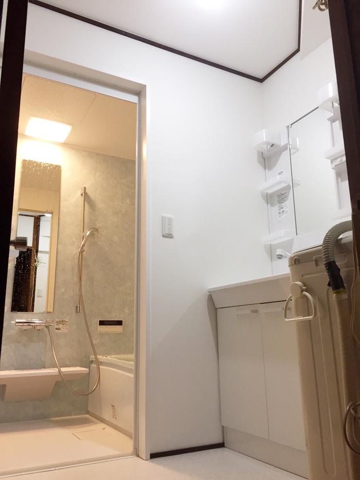 白井市冨士 A様 水廻り改修工事/洗面所(その他、浴室、エコジョーズ、戸袋・雨戸交換)