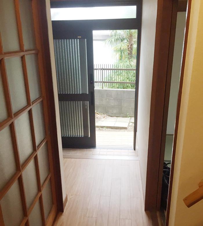 鎌ヶ谷市東初富 I 様 内装改修工事(玄関、廊下、階段改修工事)