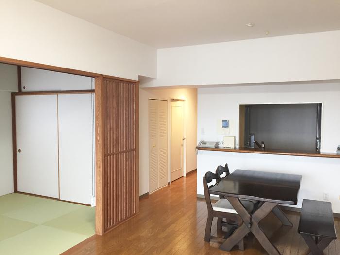 リビングと和室を一つにしました。来客時などは区切れるようにしています。